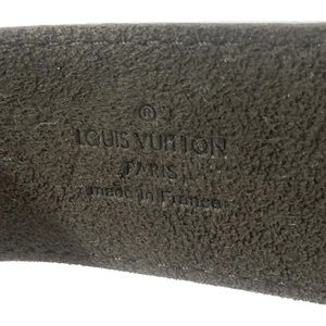 Louis Vuitton Jewelry - 🍒Auth LV Unisex Embossed LV Leather Bracelet
